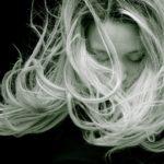 ヘアカラーが染まりやすい髪質と内側が染まらない時の対処方法